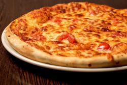 https://pizzacasaluigi.hu/media_ws/10000/2020/idx/margherita-classico.jpg