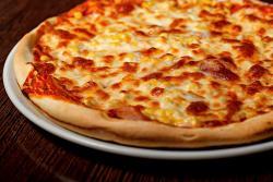 https://pizzacasaluigi.hu/media_ws/10000/2028/idx/gringo.jpg